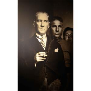 Sigara İçerken Atatürk Posteri